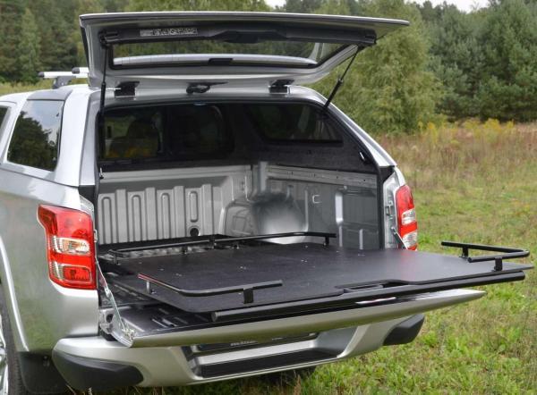 product hardtop roadranger rh4 special mitsubishi l200. Black Bedroom Furniture Sets. Home Design Ideas